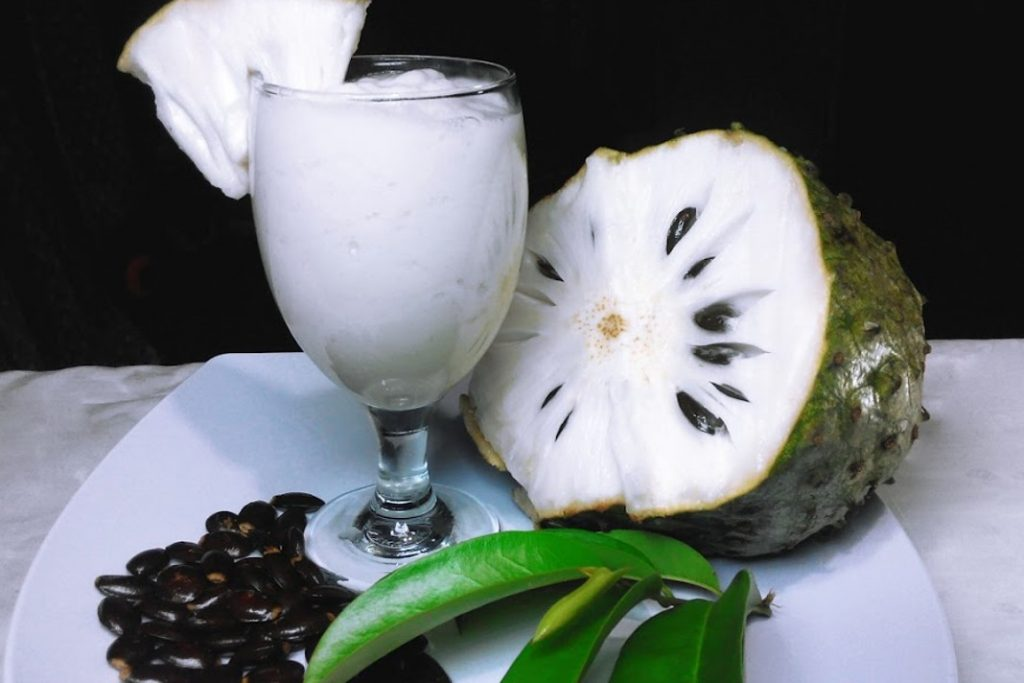 Soursop Juice and Benefits