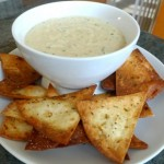 Baked corn chips with bean dip