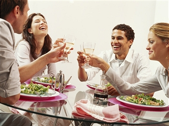 Guide to Eating Healthy when Eating Out