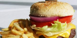 relationship between fast food and obesity